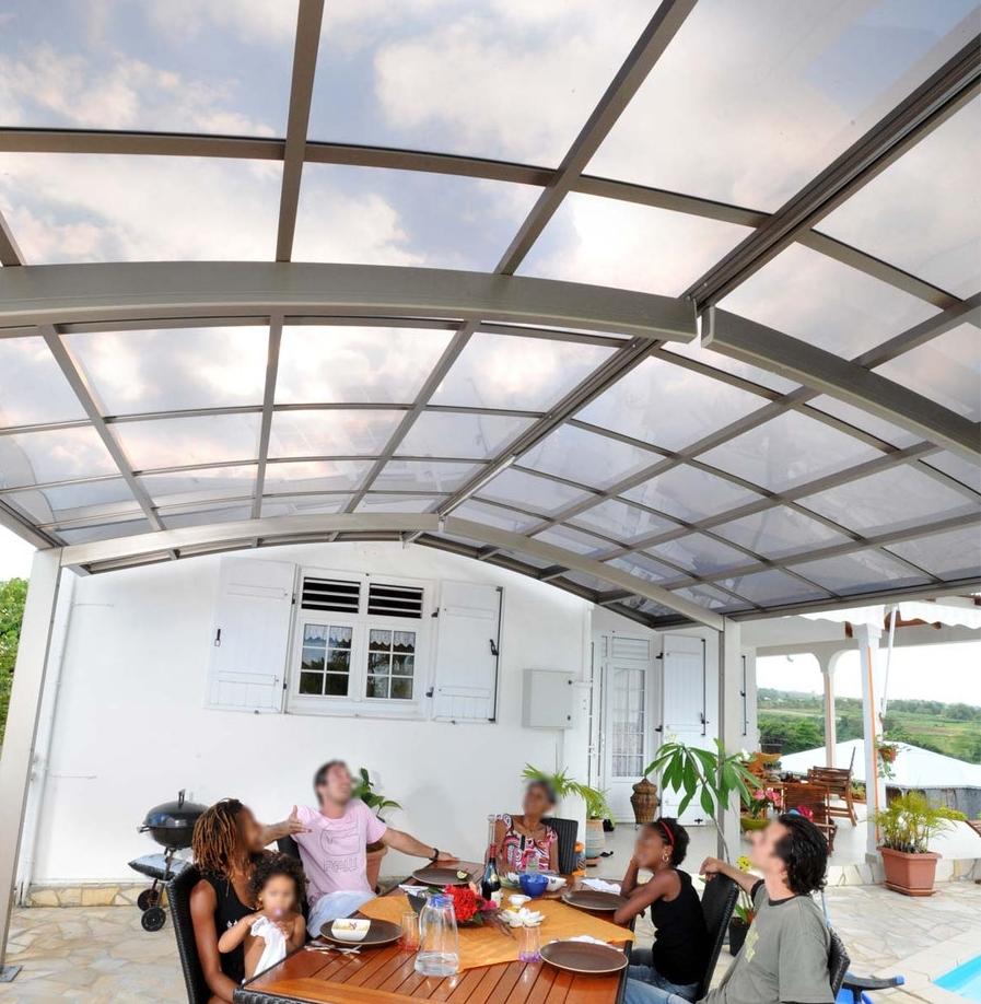 Abri climatique terrasse reunion